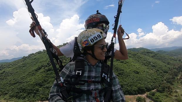 My Trip My Adventure paralayang Menikmati keindahan lewat udara Pulau Lombok
