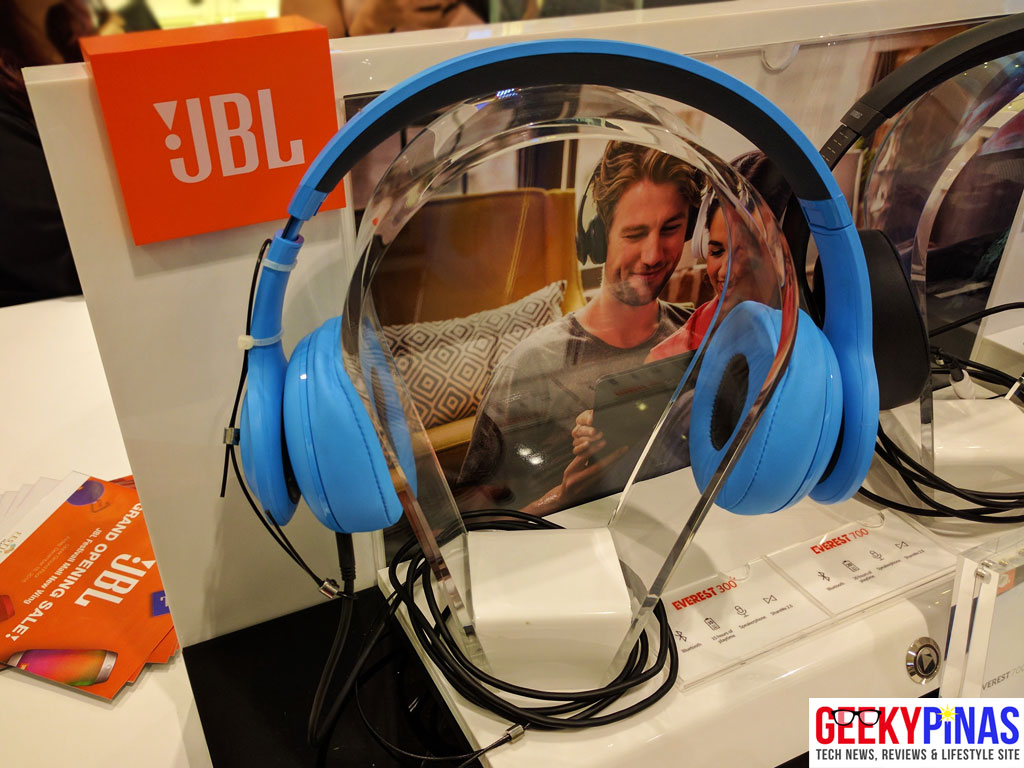 JBL Festival Mall - JBL Everest 300