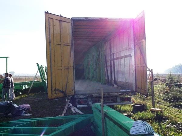 budowa domu prefabrykowanego drewnianego, transport elementów na budowę