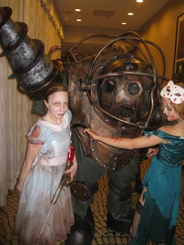 Gears Of Halo Master Chief Forever Bioshock Cosplay Photos