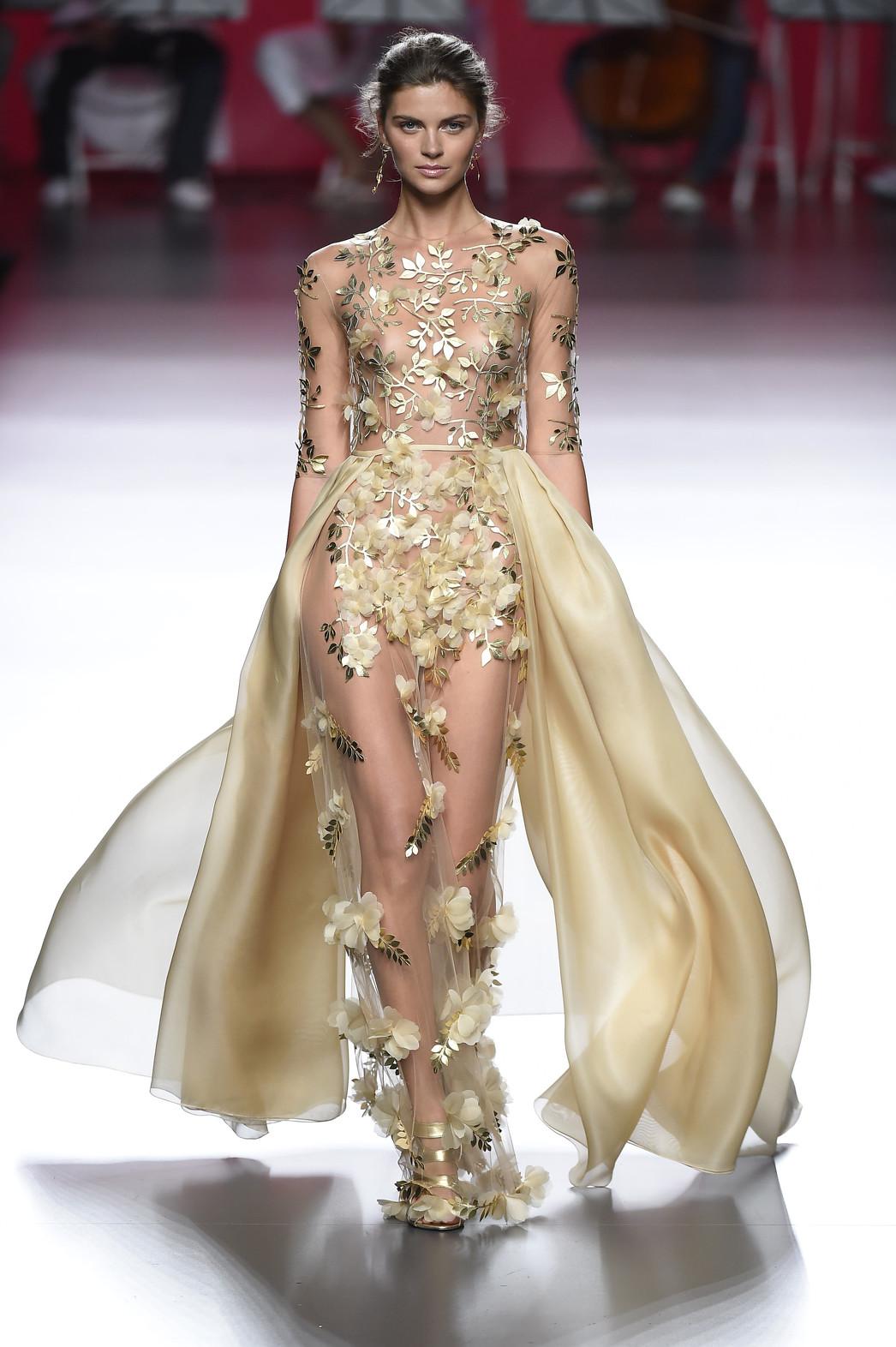 54aa40274 Los 15 vestidos mas bonitos de la MBFWM primavera verano 2016