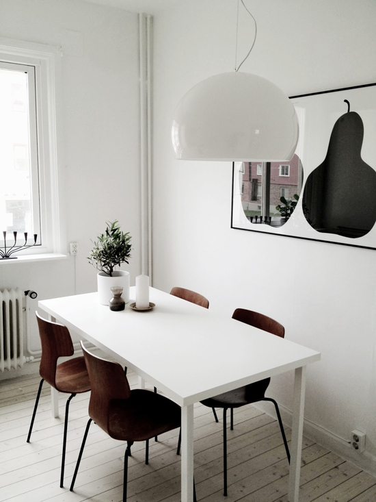 Scandinavian dining room. Photo by Charlotte Ryding for Alvhem via Blackbird.