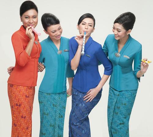model baju seragam pramugari