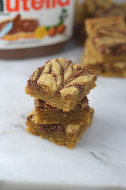 Nutella Swirled Blondies Recipe
