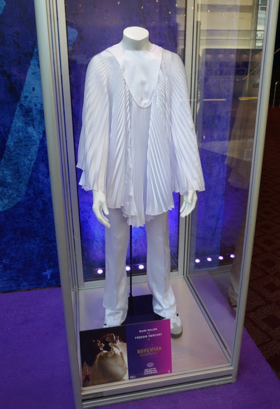Freddie Mercury Bohemian Rhapsody white pleated costume