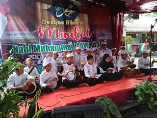 Penampilan Hadroh SDN Ratujaya 1 pada acara maulid nabi muhammad saw