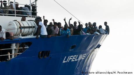 ΜΚΟ: Φύλακας-άγγελος των μεταναστών ή συνεργάτης των διακινητών;