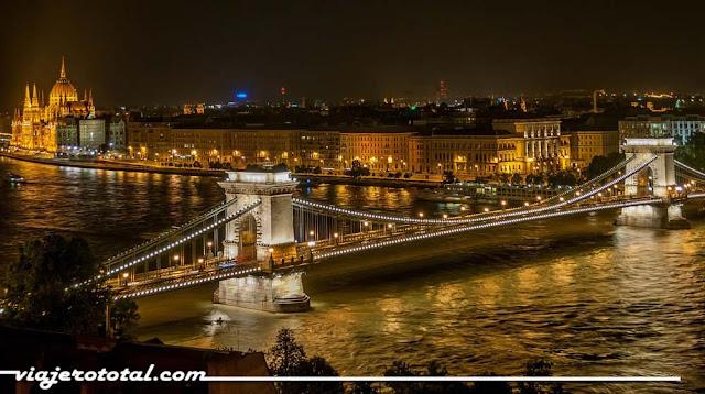 El Danubio a su paso por Budapest.