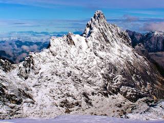 Papua: Puncak Carstensz