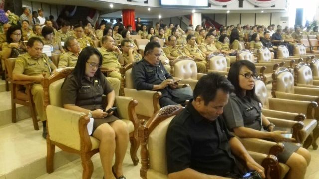 DPRD Sulut Paripurna Pemandangan Umum Fraksi-fraksi dan Pertanggungjawaban APBD 2016