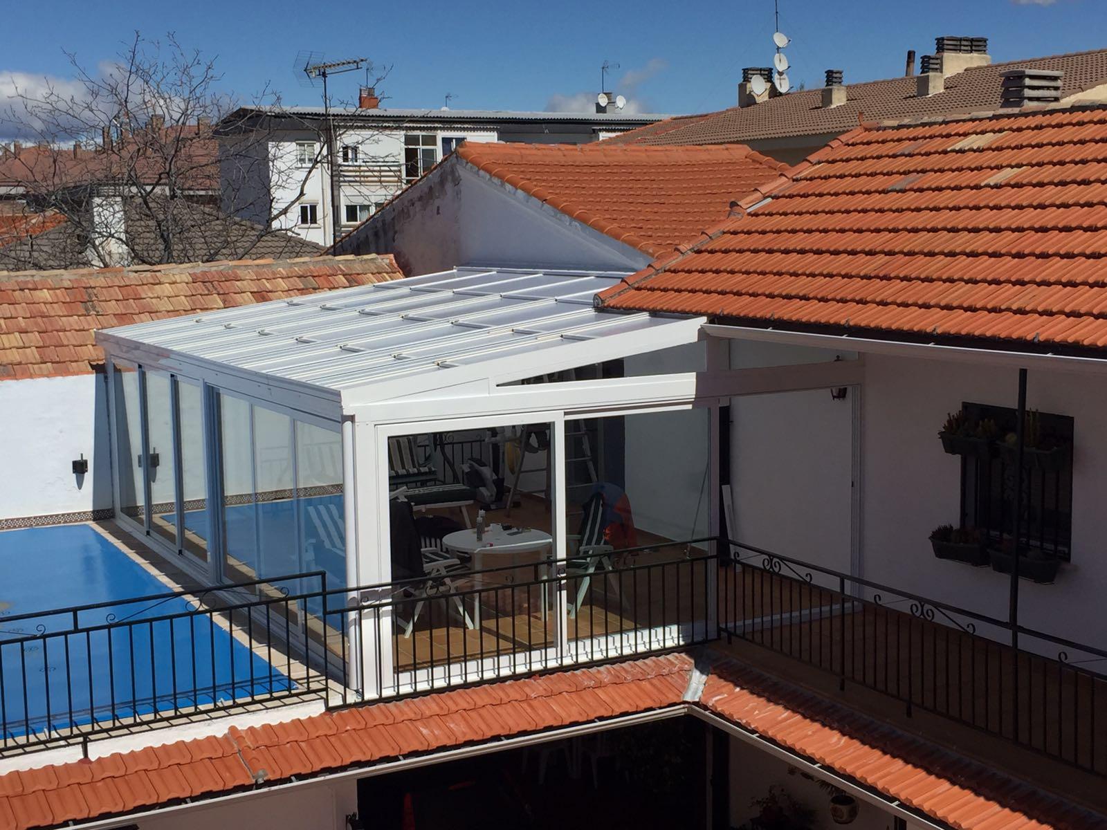 Cubierta piscinas f bricant techo m vil cosmoval 644 34 for Techo piscina cubierta