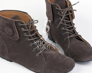 model sepatu dan sandal korea