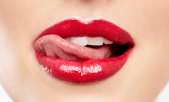 Tips Dan Cara Alami Memerahkan Bibir