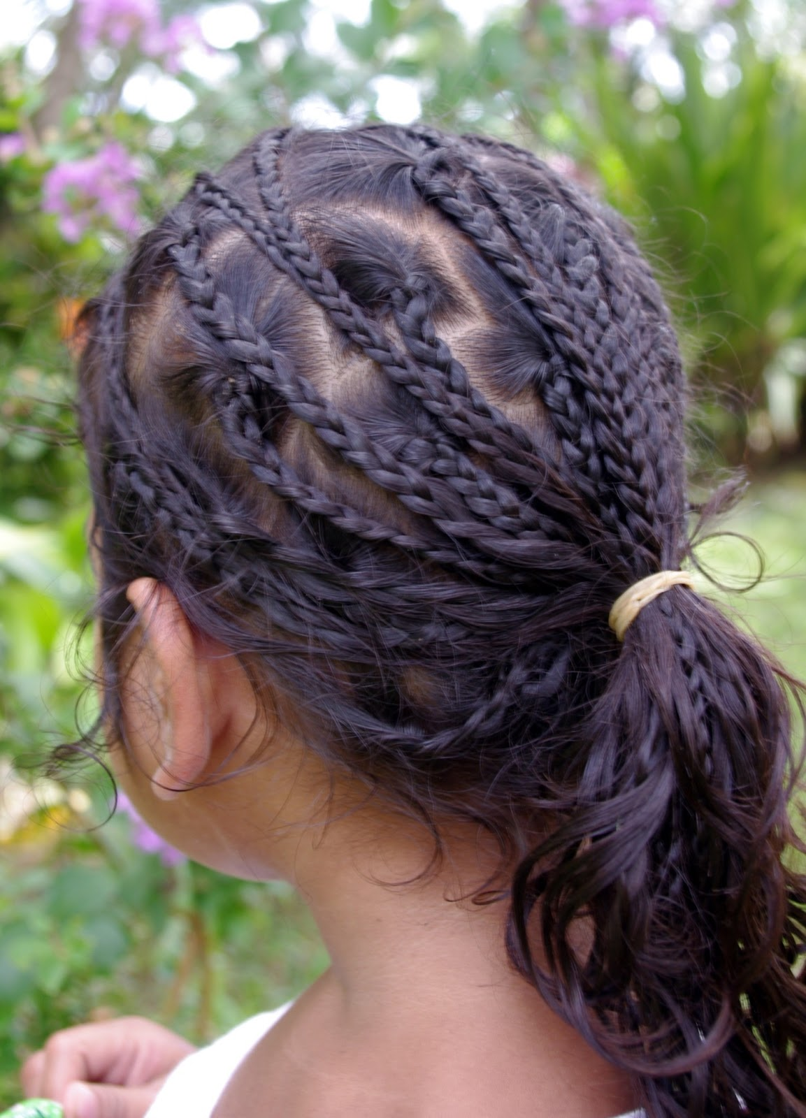 Awesome Braids Amp Hairstyles For Super Long Hair Micronesian Girl Star Braids Hairstyles For Women Draintrainus