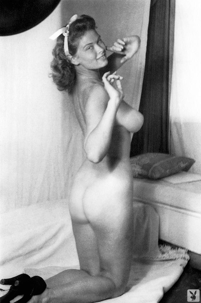 Irish Mccalla Nude 99