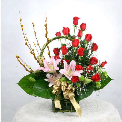 Flower Arrangement Ideas For Christmas