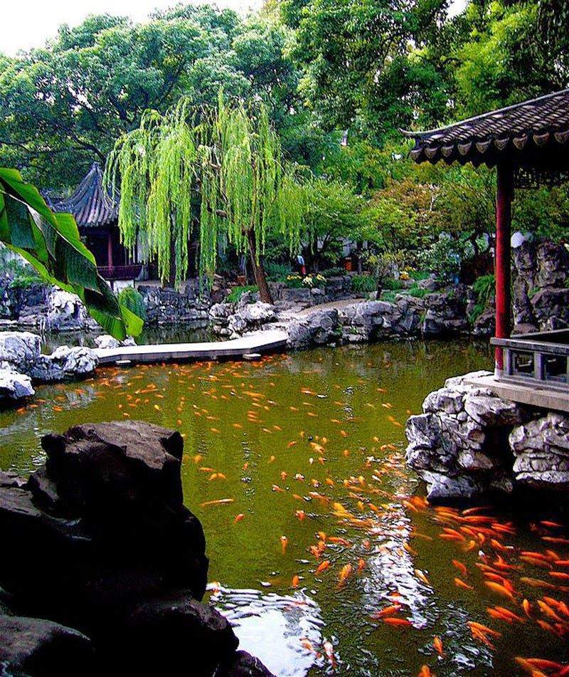 5. Yuyuan Garden, China - 5 Incredible Gardens That Will Blow Your Mind