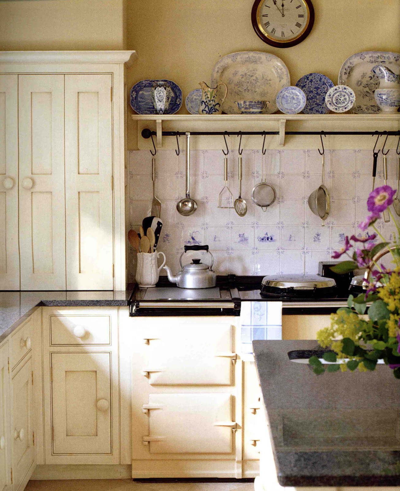 English Cottage Kitchen Designs: Donna's Art At Mourning Dove Cottage: English Country Charm