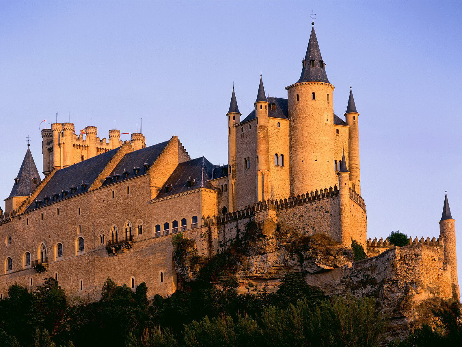 Reedición. El príncipe Segismundo y el castillo menguante. Una