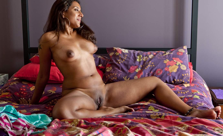 Nude Women In Sexy Heels Pussy