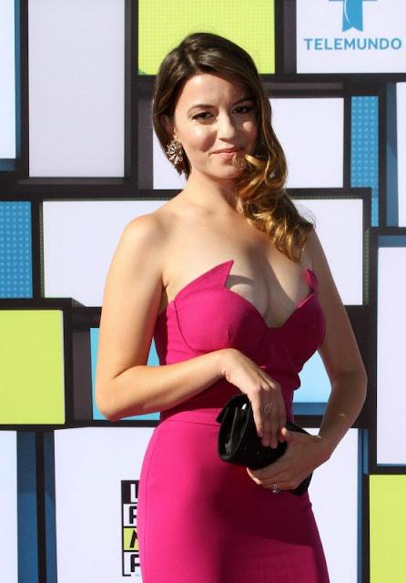 Masiela Lusha – 2016 Latin American Music Awards