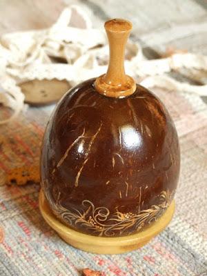 вариант, с крышкой из кокоса