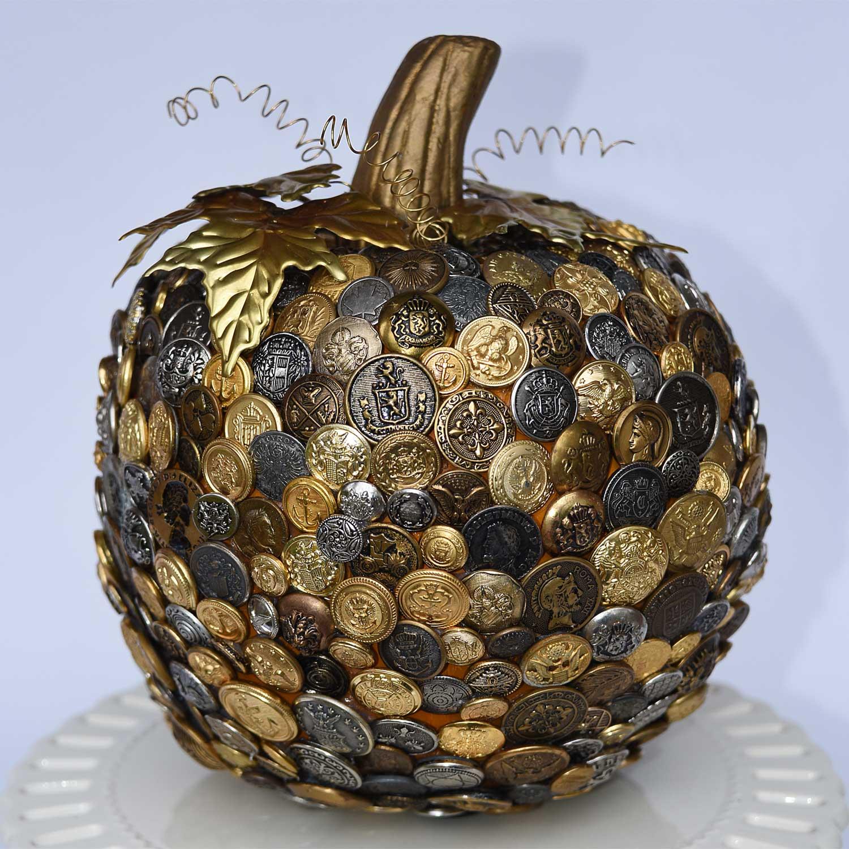 Button Pumpkin by Jeanne Selep