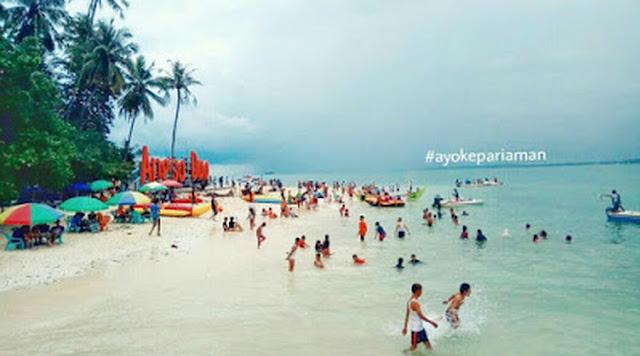 Ratusan Wisatawan 'Terkurung' di Pulau Angso Duo