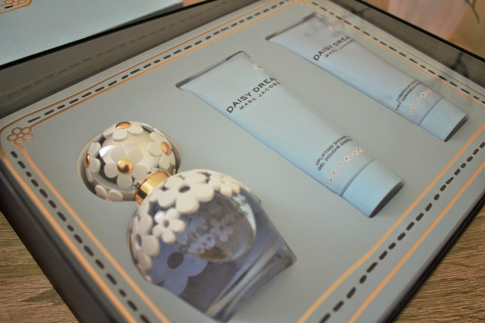 Marc Jacobs Daisy Dream Gift Set Giveaway