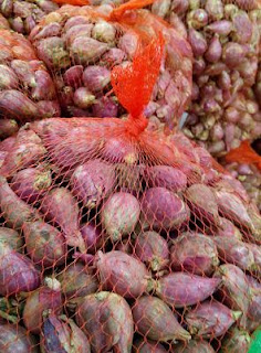 waring sayur bungkus bawang merah