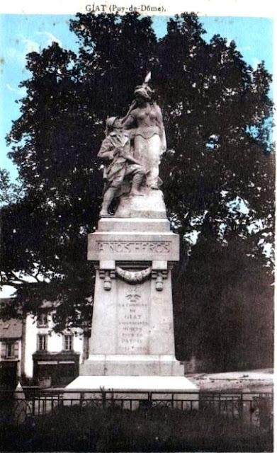 CPA monuments aux Morts du Puy-de-Dôme, Giat