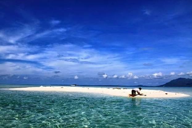 Kepulauan%2BKarimunjawa%2BMain%2BKe%2BGosong Kepulauan Karimunjawa Destinasi Bahari Penuh Pesona, yang Mendunia