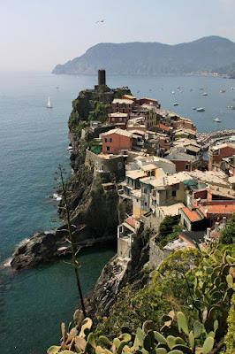 Vernazza in Cinque Terre with the Mediterranean