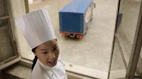 giovane allieva cuoca dai tratti orientali - spot Barilla Penne Rigate.jpg