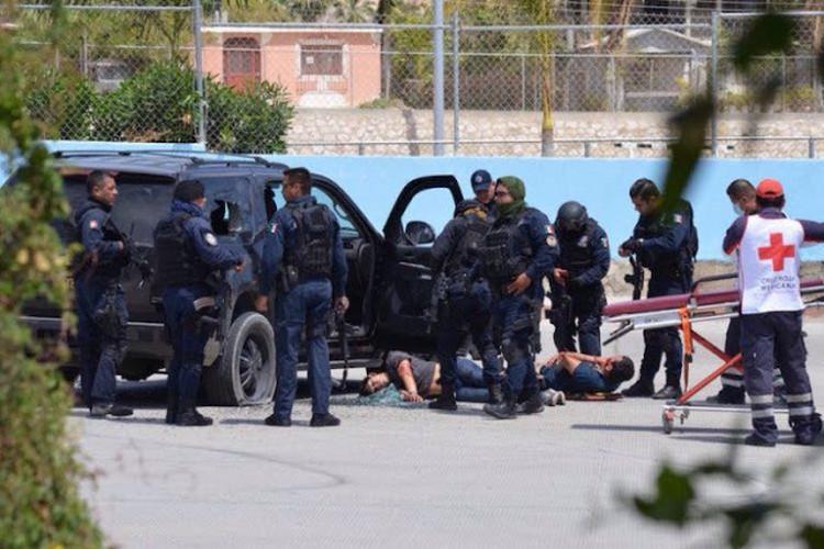 """Persecución y balacera para neutrralizar a """"El Colores"""", líder de sicarios para las Fuerzas Especiales Dámaso en centro de San José del Cabo, BCS"""