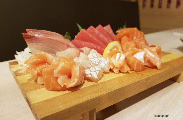 This is bound to satisfy all your Sashimi cravings