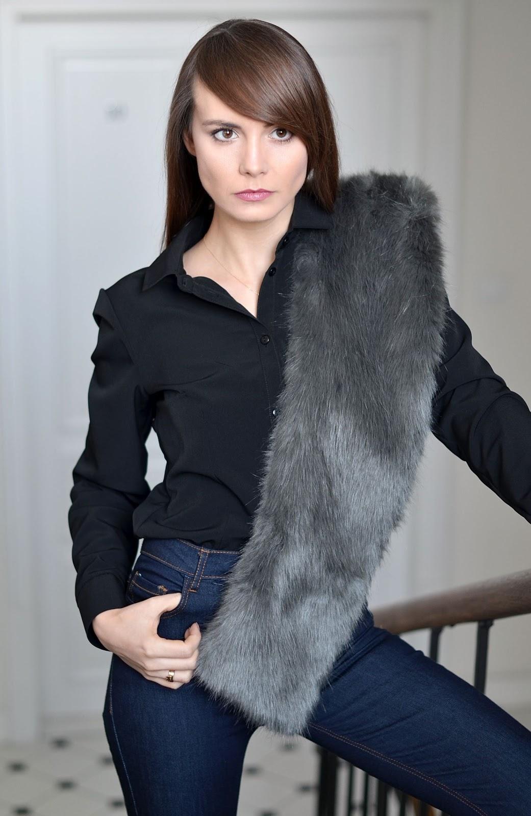 jeansy dzwony | stylowa kamienica krakow | blogi o modzie