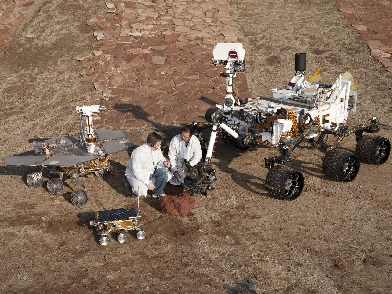 curiosity rover size comparison - photo #6