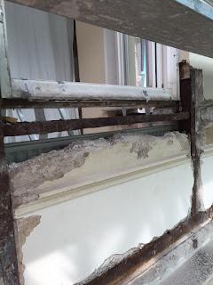 Fensterbank Altbau Schaden Risse Stahlträger Sanieren Belz Bonn