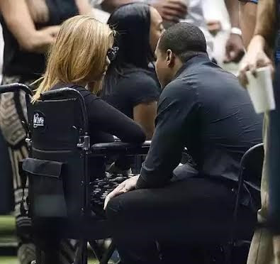 Photos: Will Smith's Wife Attends Casket Viewing For Her Deceased Husband