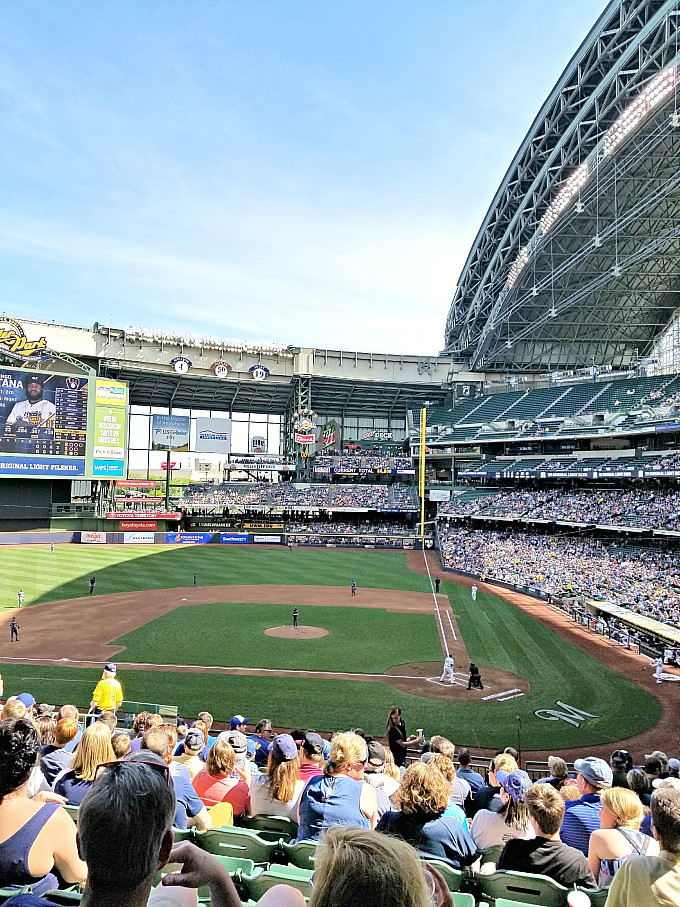 See a Brewer's Game with kids in Milwaukee!