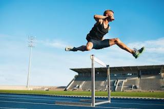 Lari Gawang : Pengertian, Teknik Dasar dan Peraturan Lari Gawang