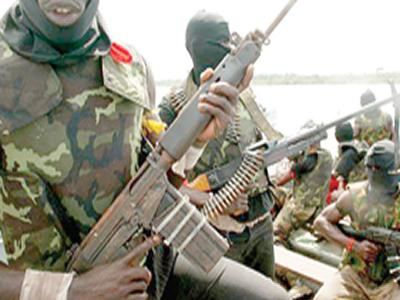 Edo State: 12 Killed as Robbers unleash terror at Igarra Town.