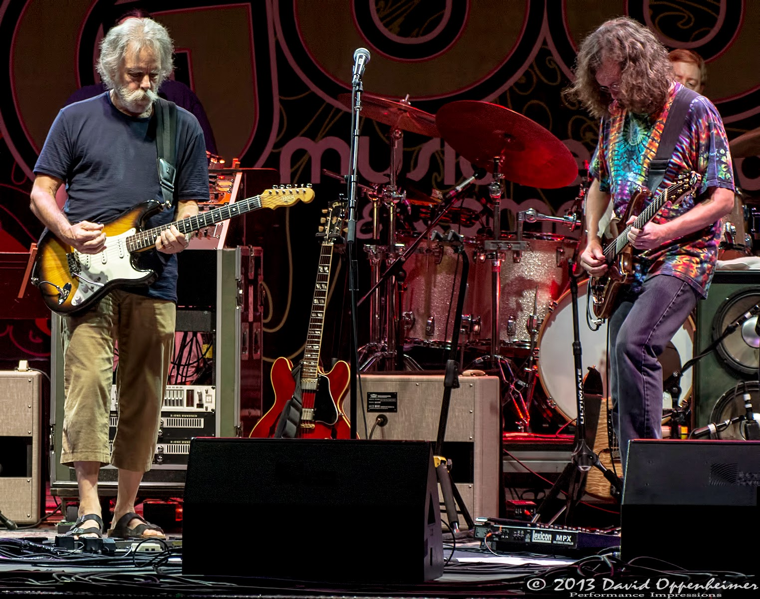Bob Weir and John Kadlecik with Furthur