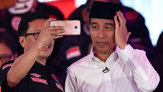 Ekonom Core: Untuk sementara Jokowi jauh lebih unggul dari Prabowo