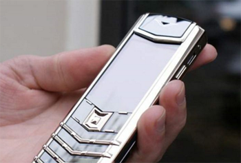 Vertu Signature Diamond