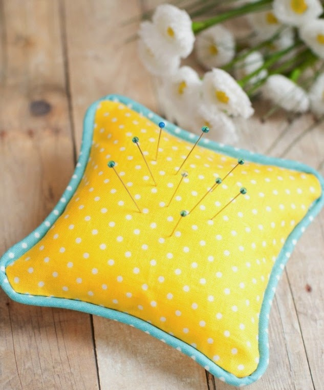 http://www.sewmccool.com/sew-piping-piped-pincushion/