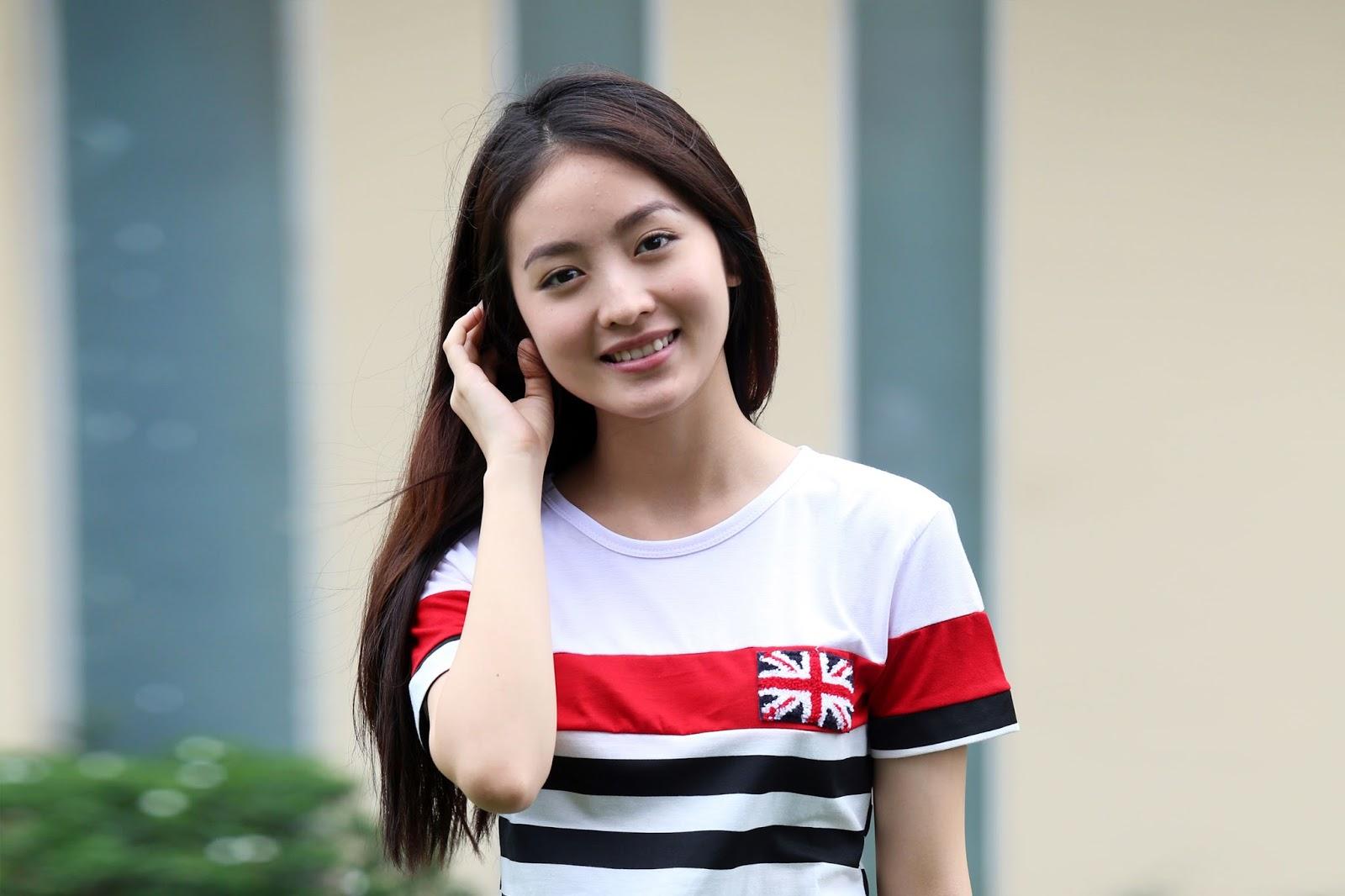 cewek cantik ikut casting agar dapat peran menjadi artis FTV terbaru