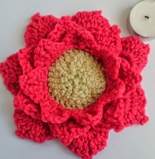 https://translate.googleusercontent.com/translate_c?depth=1&hl=es&prev=search&rurl=translate.google.es&sl=en&u=https://hellostitchesxo.wordpress.com/2015/01/23/easy-quick-lotus-crochet/&usg=ALkJrhgRyrhBTGEpoGVlMJS4aHjxgfH_FQ