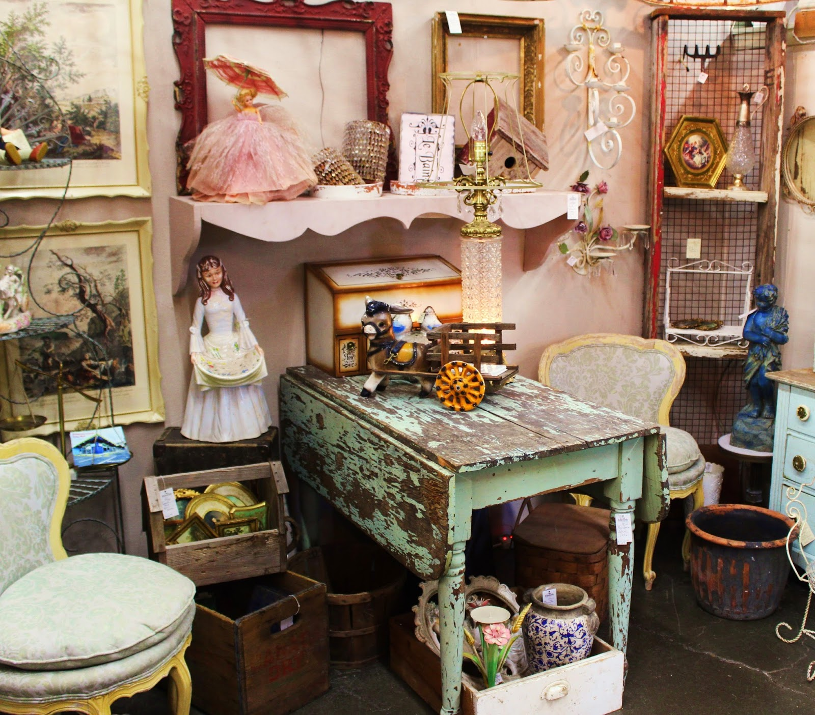 Monticello Antique Marketplace New Finds